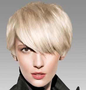 ar4 858 - رشدوتقویت مو با محلول دکتر نوروزیان