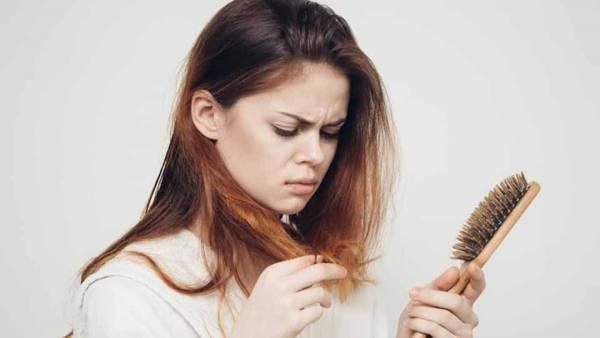 D8B1DB8CD8B2D8B4 D985D988 D8AFD8B1 D8ACD988D8A7D986DB8C 6 - شایع ترین دلایل ریزش مو و کچلی در جوانی
