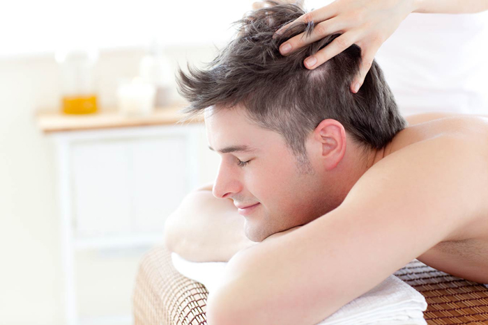 8 راه خانگی برای جلوگیری از ریزش موها